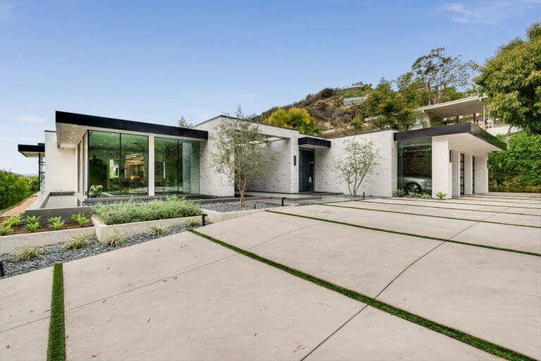 Dean Martin Home, courtesy of Top Ten Real Estate Deals