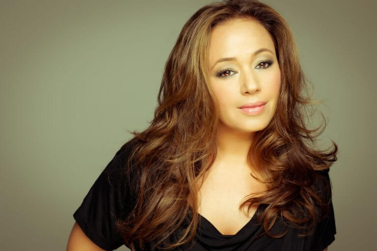 Leah Remini knocks it out of the park in Kevin Can Wait