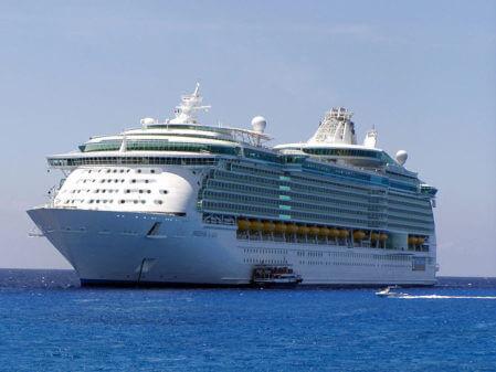 Royal Caribbean's Freedom of the Seas luxury c...