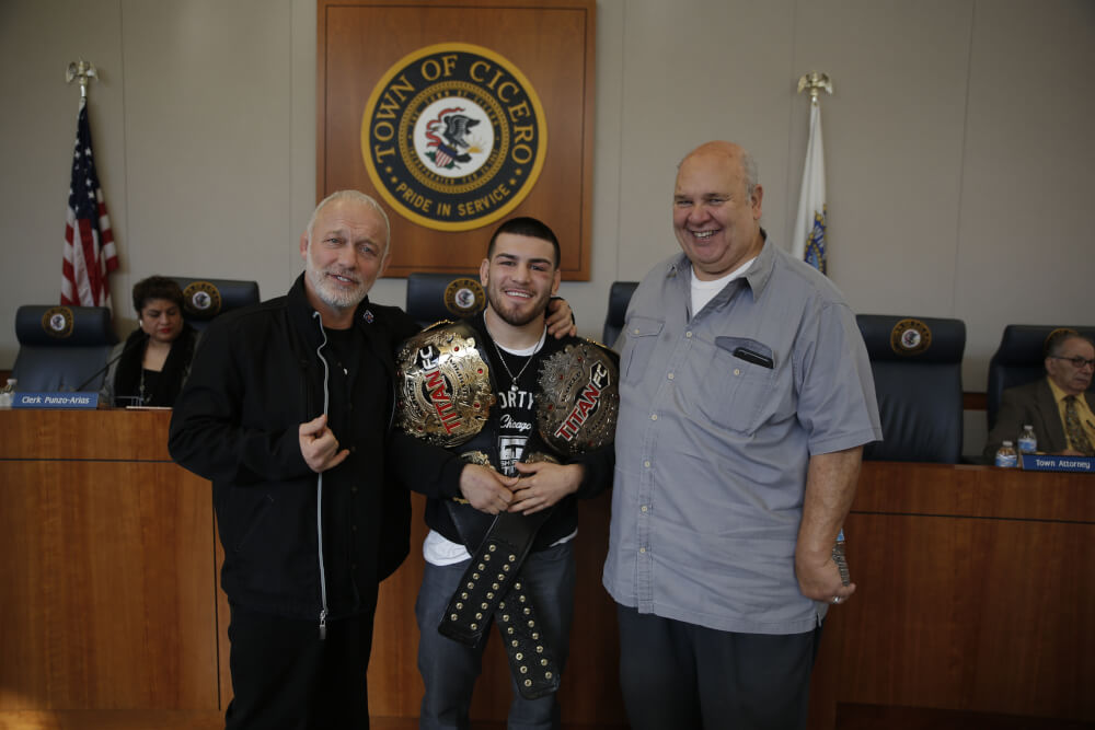 Cicero honors Mixed Martial Arts Champion Jose Torres