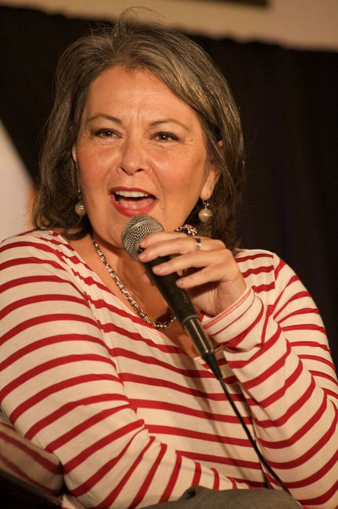 Roseanne Barr at the Hard Rock Cafe in Maui in 2010. (Photo credit: Wikipedia)