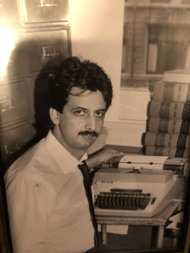 Ray Hanania at his Sun-Times desk in May 1989, following the passing of Harry Golden Jr.