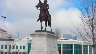 In the late 1880s, a large group of Chicagoans of Polish descent began raising $30,000 for a monument to Thaddeus Kosciuszko, Polish hero of the American Revolution. After arriving in America in 1776, Kosciuszko joined the Continental Army. As a skilled engineer, he made significant contributions to the war by designing fortifications for several strategic places such as Philadelphia, West Point, and Saratoga. Kosciuszko later returned to Poland to lead his native military in a 1794 uprising. In Chicago, Courtesy of the Chicago Park DIstrict.