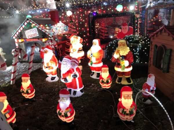 Christmas Lights. Great Chicago Light Fight Kowalczyk home at 173rd and Avon Avenue in Tinley Park. 2019 Photo courtesy of Ray Hanania