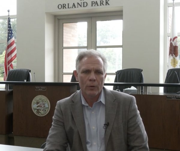 Orland Park Mayor Keith Pekau lecturing residents on why they don't need to wear face masks in his July 15, 2020 Village of Orland Park video.