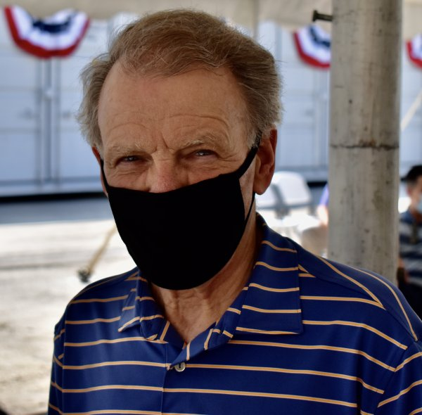 Illinois House Speaker Michael J. Madigan wears face mask against coronavirus COVID-19 infection. Photo courtesy of Steve Metsch