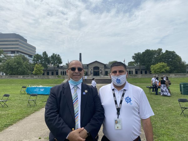Partnership Census Specialist Amjad T. Assi and American Arab Chamber of Commerce President Hasan Nijem. Photo courtesy of Ray Hanania