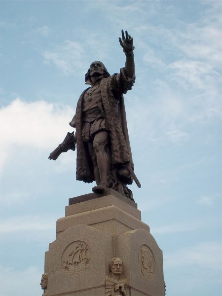 Christopher Columbus statue Chicago Grant Park. Photo courtesy of Wikipedia