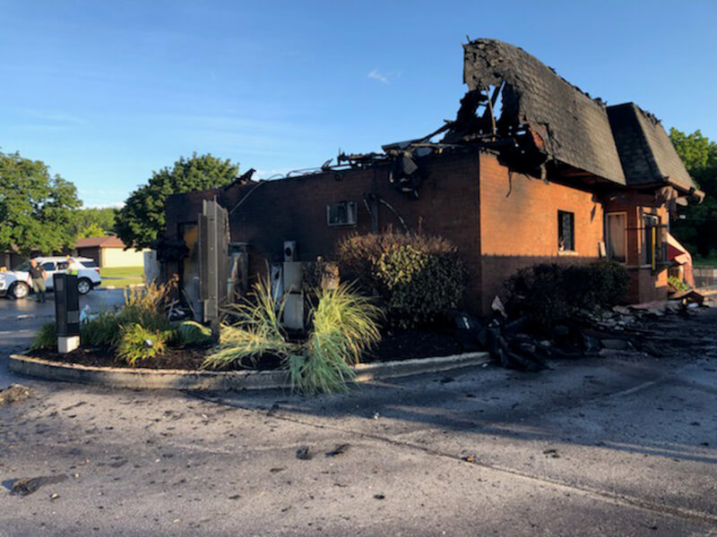 Popular hotdog restaurant, Don's in Orland Park, destroyed by fire