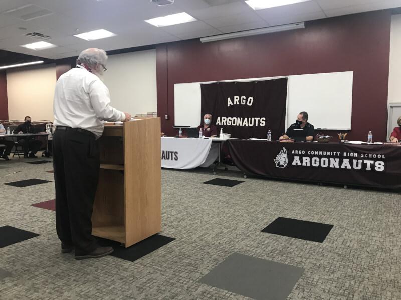 Argo teachers, board at odds