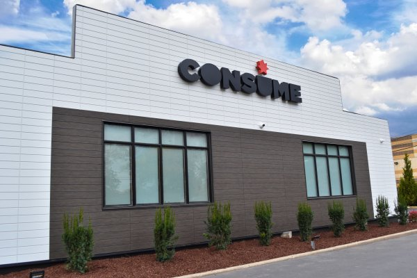 Consume Cannabis Co. Oakbrook Terrace offers a dispensary experience unlike any other. Photo courtesy of Consume Cannabis, PR News Wire