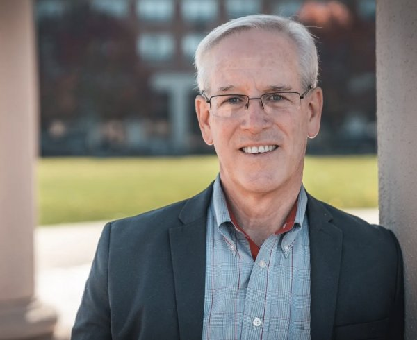 Former Mayor Dan McLaughlinchallenges beleaguered Mayor Keith Pekau int he April 2021 election. Photo courtesy of th eOne Orland Party website.