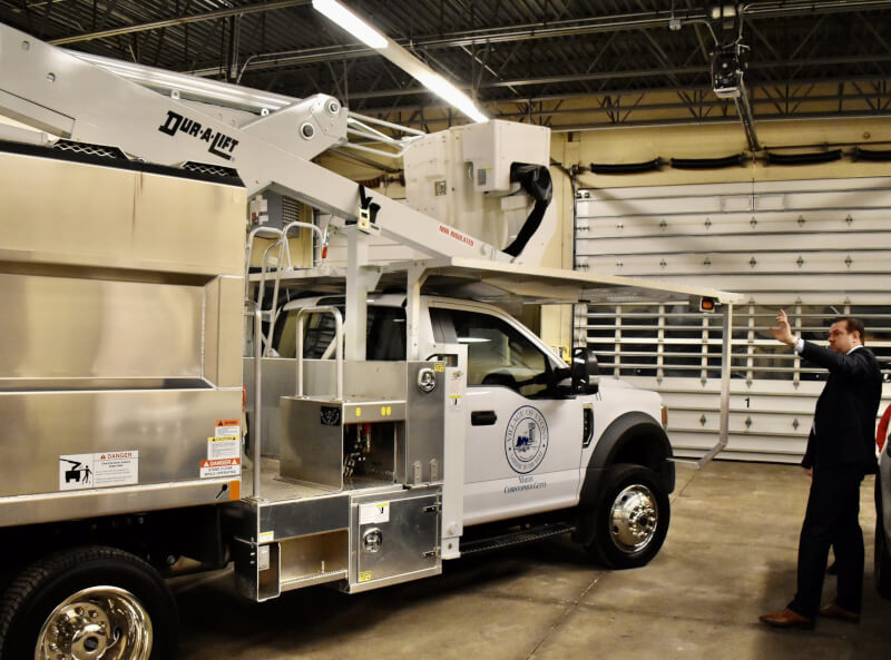 Lyons gets new truck
