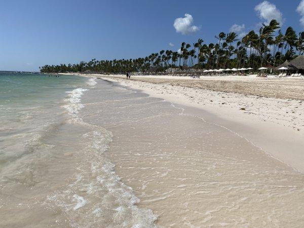 The Beach facing south at the Grand Reserve Paradisus Palma Real. Photo courtesy of Ray Hanania