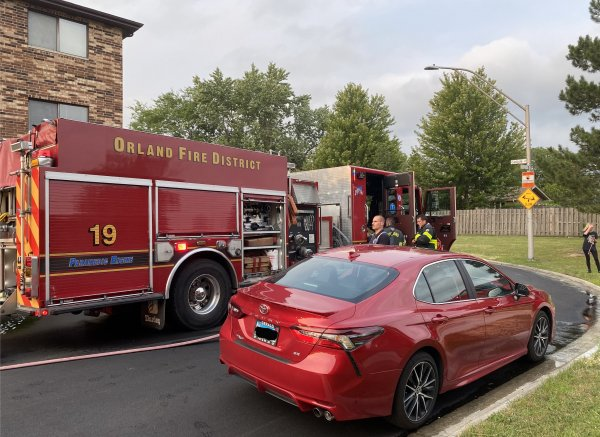 Orland Park kitchen fire in an apartment building Monday Aug. 8, 2021 at 9023 Franklin 2nd floor east unit around 6:30 pm. Photo courtesy of Steve Neuhaus for the Orland Fire Protection District