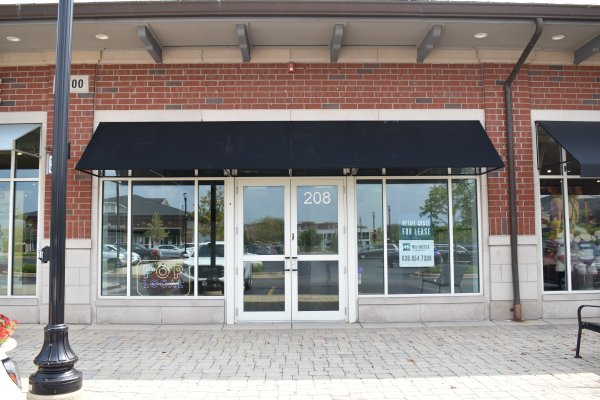 dwards Realty Company (ERC), a boutique property management, investment, and development firm, announces the expansion of its Pop Local program to Orland Park Crossing. Photo courtesy of Edwards Realty