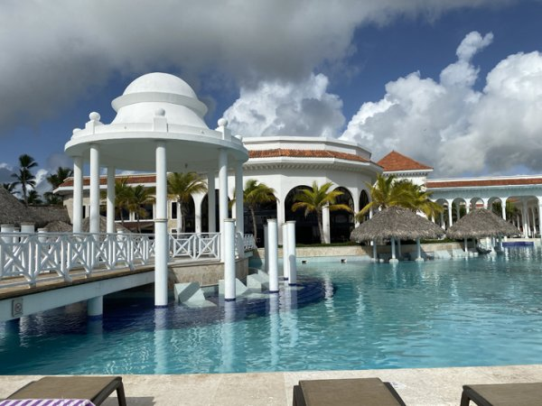 Walkway over one end of the main pool at the Grand Reserve Paradisus Palma Real. Photo courtesy of Ray Hanania
