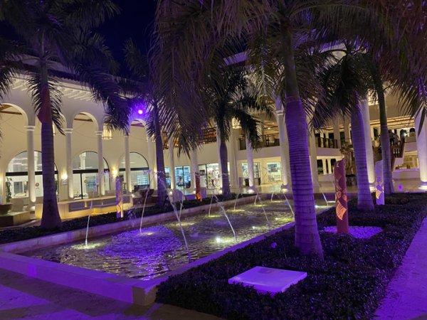 Fountain in the main foyer area near the Main entrance foyer at the Grand Reserve Paradisus Palma Real. Photo courtesy of Ray Hanania