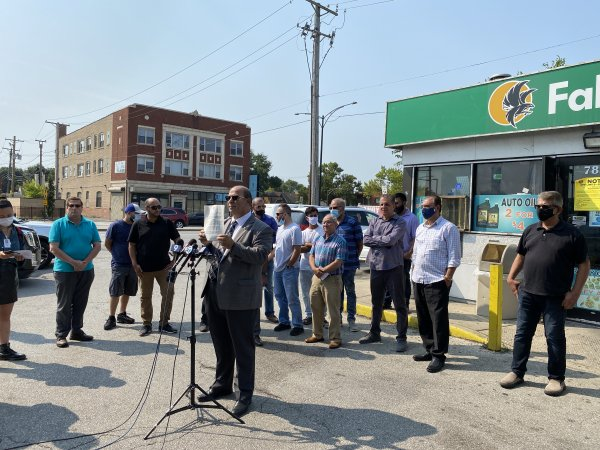 A press conference organized by The American Arab Chamber of Commerce protests the discrimination against Arab business owners by Chicago Mayor Lori Lightfoot. Photo courtesy of Ray Hanania